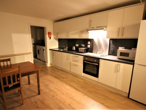 Maple Grove, Plymouth